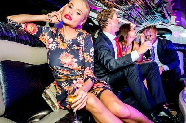 festa aziendale in limousine